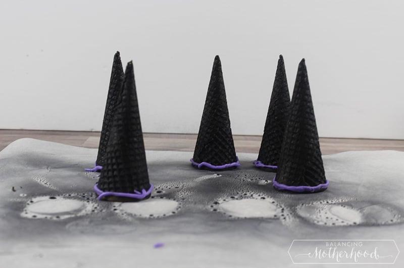 Witch Hat Cupcakes Procedure 9